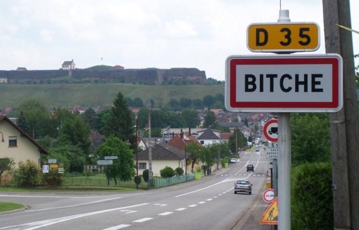 sign-2516-BITCHE.JPG
