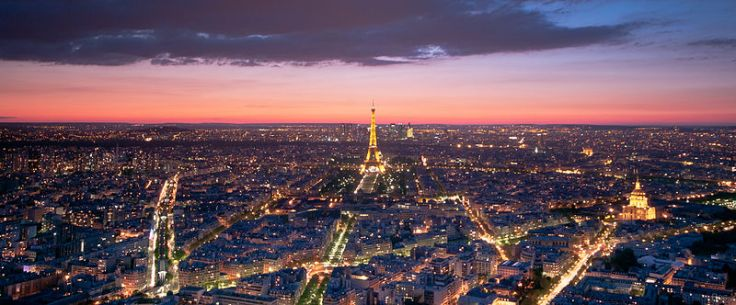800px-Eiffel_Tower_from_the_Tour_Montparnasse,_1_May_2012_N3.jpg